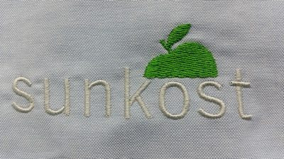 brodert logo navn profilklær trykk